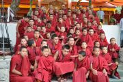 Монахи-участники философских диспутов с Его Святейшеством Далай-ламой и Ганден Трипой. 21 июля 2010.