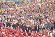 Свыше 7 тысяч буддистов слушают учения Дала-ламы по Алмазной сутре в монастыре Ярма Гонбо.