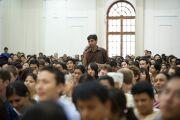 """Вопрос из аудитории в рамках лекции """"Этика нового тысячелетия"""" в Делийском университете. 10 августа 2010"""