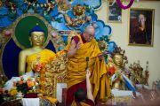 Его Святейшество дарует учения о Бодхичитте  в монастыре Дагпо Шедрублинг в Каисе, неподалеку от Манали, 17 августа 2010.