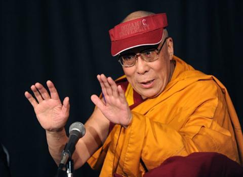 Далай-лама вновь призвал проявлять милосердие к курам