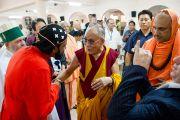 Его Святейшество Далай-лама беседует с участниками 33-го Всемирного Конгресса Международной Ассоциации за свободу вероисповедания в  Catholic Renewal Center в Кочи, штат Керала, 4 сентября 2010