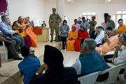 Его Святейшество Далай-лама ведет диалог с участниками 33-го Всемирного Конгресса Международной Ассоциации за свободу вероисповедания в  Catholic Renewal Center в Кочи, штат Керала, 4 сентября 2010