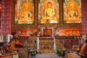 Далай-лама дает учения в монастыре Дорзонг Тубтен Донгак Рабгьял Чолинг 12 сентября 2010. Фото: Абхишек Мадхукар