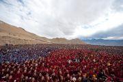 25.000 человек собрались в Ламдонской школе в Лехе, Ладак, чтобы принять участие в молебне в память о жертвах наводнения. 13 сентября 2010
