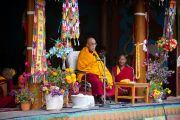 Его Святейшество Далай-лама обращается к ученикам школы Spring Dales, Мулбек, Ладак, Индия, 14 сентября 2010 г.