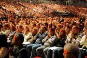 Во время проведения обряда посвящения Ченрези, Будапешт, Венгрия, 19 сентября 2010 г.