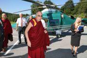 Его Святейшество Далай-лама прибыл в Пассау на вертолете, Германия, 21 сентября 2010 г.