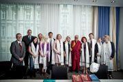 Его Святейшество Далай-лама с членами польской парламентской группы поддержки Тибета, Вроцлав, Польша, 22 сентября 2010 г.