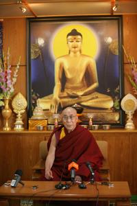 Далай-лама отверг предсказания о конце света в 2012 году