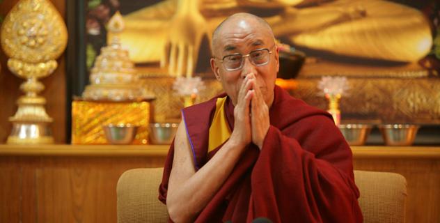 Далай-лама поздравил калмыцкий народ с национальным праздником Зул