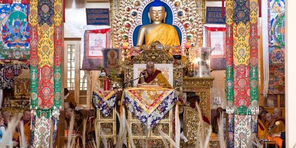 Далай-лама призвал паломников из России к любви и состраданию