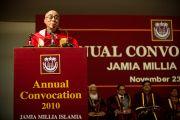 Далай-лама выступает на ежегодном собрании университета Джамия Миллия Исламия. Нью-Дели, 23 ноября 2010 г. Фото: Тензин Чойджор, ОЕСДЛ