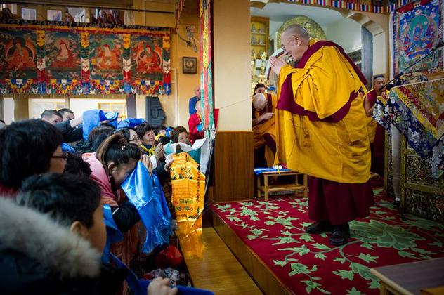 Далай-лама знает, как сделать Россию счастливой