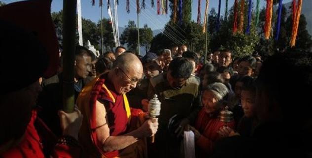 Его Святейшество Далай-лама начал затворничество в историческом монастыре Ташидинг