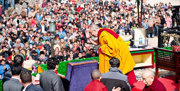 Его Святейшество напомнил о важности изучения и сохранения тибетского языка