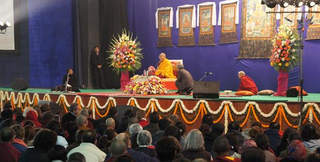 Далай-лама: смотрите на вещи здраво, умейте обратить трагедию в силу
