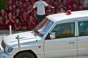 Отъезд Его Святейшества Далай-ламы из монастыря Ганден Джанце в Мандгоде. Индия, 1 февраля 2011. Фото: Тензин Чойджор (Офис ЕСДЛ)