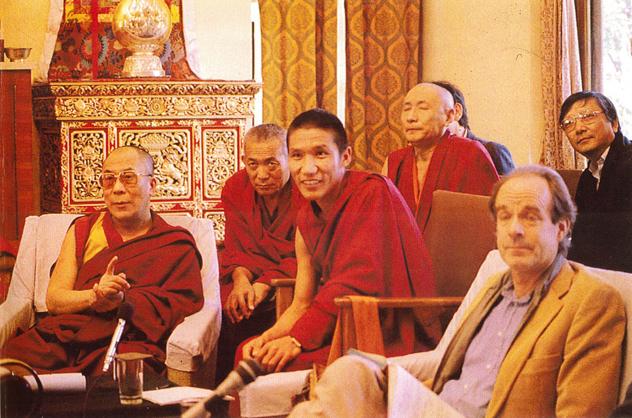 """""""Ум и жизнь"""". Начало диалога между буддизмом и наукой. Часть 2"""