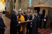 Его Святейшество Далай-лама в церкви св. Бригитты. Кильдэр, Ирландия. 13 апреля 2011. Фото: Тензин Такла (Офис ЕСДЛ)