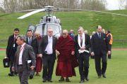 Прибытие Его Святейшества Далай-ламы в Лимерик, Ирландия. 14 апреля 2011. Фото: Speirs