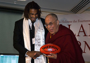 Его Святейшество Далай-лама прибыл в Мельбурн