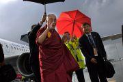 Его Святейшество Далай-лама прибыл в Перт с двухдневным визитом. Перт, Австралия. 18 июня 2011. Фото: Rusty Stewart/DLIAL