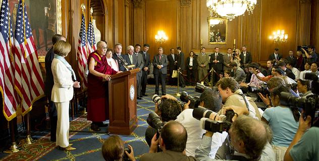 Спикер Джон Бонер и лидеры конгресса США встретились с Его Святейшеством Далай-ламой