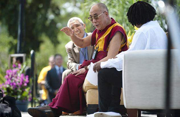 Во время публичной лекции на Капитолийском холме Далай-лама говорил о важности внутреннего умиротворения