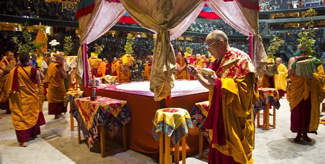 Его Святейшество Далай-лама завершил предварительные учения по Калачакре
