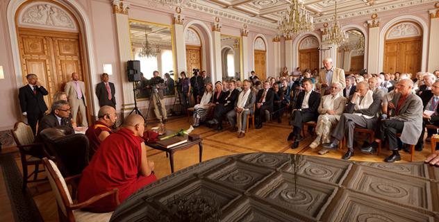 Его Святейшество Далай-лама прибыл в Финляндию