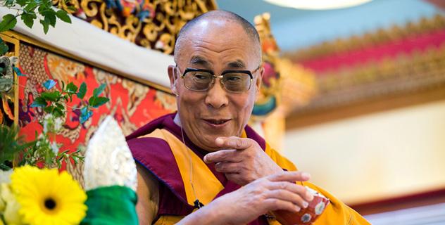 Далай-лама подчёркивает значение гармонии в отношениях между религиями и светской этики во время своего визита в Монреаль