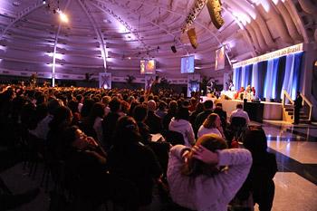 В Сан-Паулу Его Святейшество Далай-лама принял участие в обсуждении вопросов нейрологии