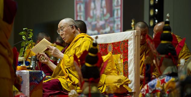 Далай-лама завершил посвящение Ваджрадхату