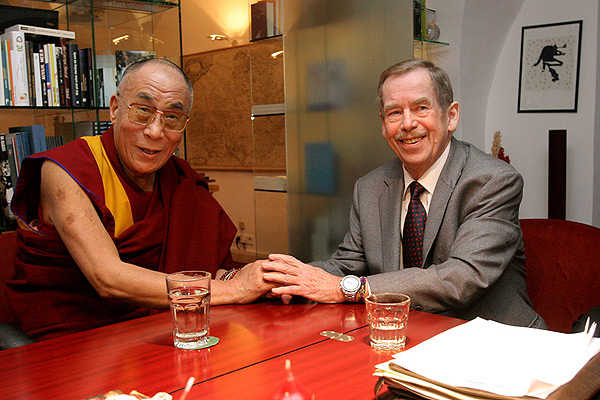 Далай-лама приедет в Прагу