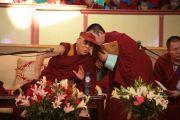 Встреча Его Святейшества Далай-ламы со студентами. Улан-Батор, Монголия. 8 ноября 2011. Фото: Игорь Янчоглов