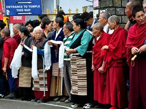 Тибетцы в Дхарамсале радостно приветствовали Далай-ламу