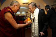 Его Святейшество Далай-лама с Вацлавом Гавелом во время встречи в Праге 10 декабря 2011. Фото: Ondrej Besperat