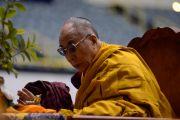 Его Святейшество Далай-лама во второй день учений по Ямантаке в Лонг-Бич, штат Калифорния. 22 апреля 2012 г. Фото: Don Farber