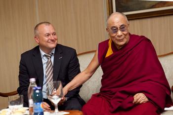 Его Святейшество Далай-лама прибыл в культурную столицу Европы-2012 Марибор, Словения