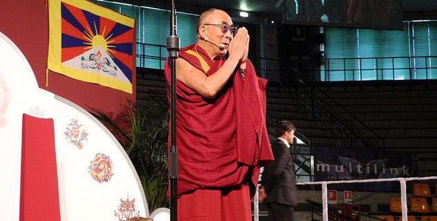 Далай-лама выступил перед студентами в Удине