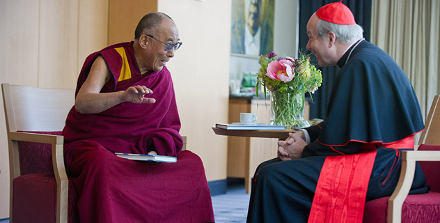 Далай-лама встретился с кардиналом Шенборном и принял участие в молебне в соборе Св. Стефана в Вене
