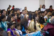 На встречу с Его Святейшеством Далай-ламой собрались около 350 тибетцев, живущих в Австрии и Швейцарии. Клагенфурт, Австрия. 20 мая 2012 г. Фото: Тензин Чойджор (Офис ЕСДЛ)