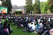 Во время выступления Его Святейшества Далай-ламы в институте Йонтен Линг. Юи, Бельгия. 24 мая 2012 г. Фото: Тенизн Такла (Офис ЕСДЛ)