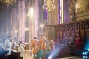 Его Святейшество Далай-лама во время праздничной мессы в своборе Св. Стефана. Вена, Австрия. 27 мая 2012 г. Фото: Тензин Чойджор (Офис ЕСДЛ)
