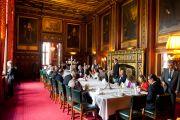 Его Святейшество Далай-лама на званом обеде по приглашению спикера палаты общин в парламенте в Лондоне, Англия, 20 июня 2012 г. Фото: Ян Камминг