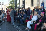 Его Святейшество Далай-лама выступает в Палаццо Баронале в Матере, Италия, 25 июня 2012 г. Фото: Тони Вече
