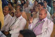 """Во время торжественной церемонии открытия новой больницы """"Фортис"""", построенной в Кангре неподалеку от Дхарамсалы, где находится резиденция Его Святейшества Далай-ламы. Штат Химачал-Прадеш, Индия. 4 июля 2012 г. Фото: Тензин Чойджор (Офис ЕСДЛ)"""
