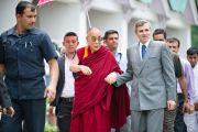 Его Святейшество Далай-лама и главный министр штата Джамму и Кашмир Омар Абудда в Шринагаре, Индия. 12 июля 2012 г. Фото: Тензин Чойджор (Офис ЕСДЛ)