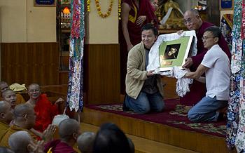 Завершились учения Его Святейшества Далай-ламы для буддистов из Юго-Восточной Азии